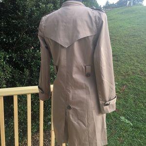 Burberry Jackets & Coats - BURBERRY Kensington Trench Coat.